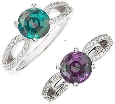 Classic-Round-GEM-Grade-Brazilian-Alexandrite-set-in-Twisted-Shank-Diamond-Ring