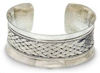 Bracelet-Herringbone-Curves