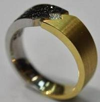 14kt White & Yellow Gold Black & White Diamond Men's Ring