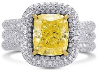 5.8Cts Yellow Diamond Extraordinary Ring Set in 18K White Yellow Gold